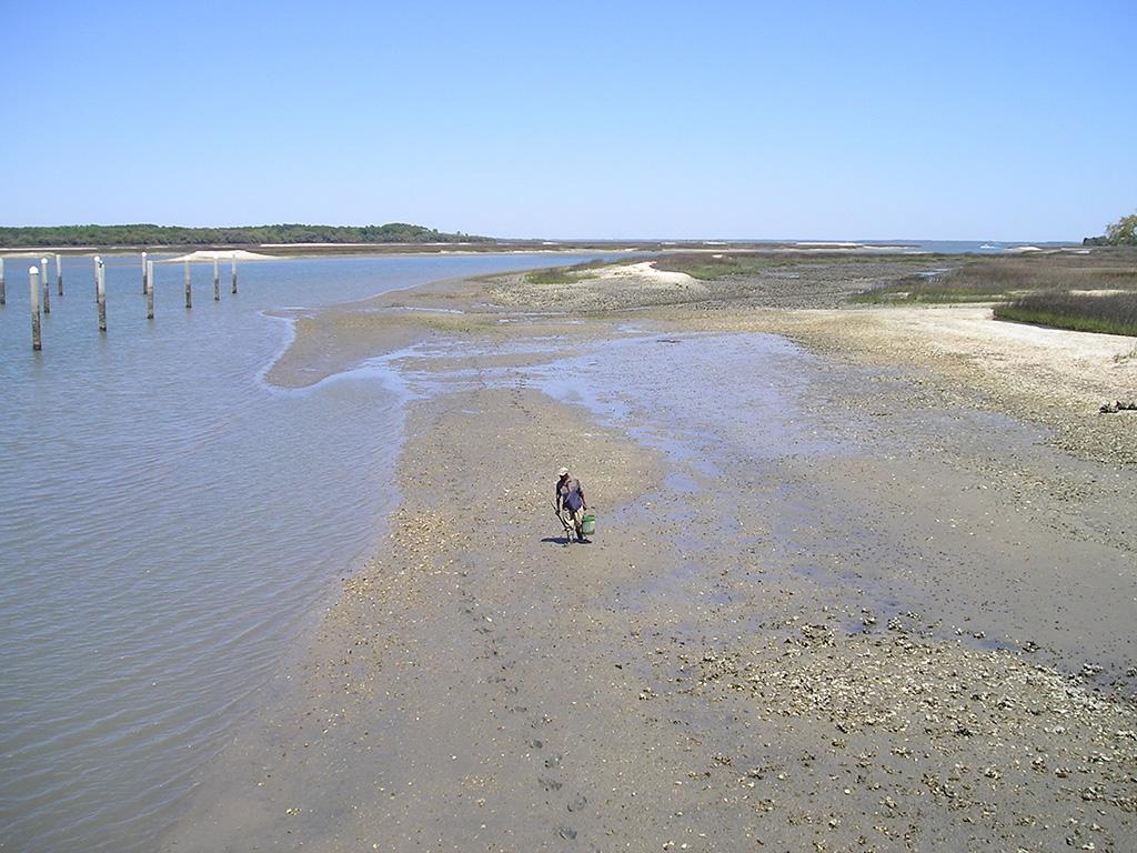 Defauske Island