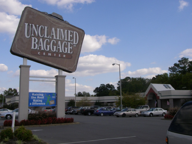 Scottsboro unclaimed baggage center